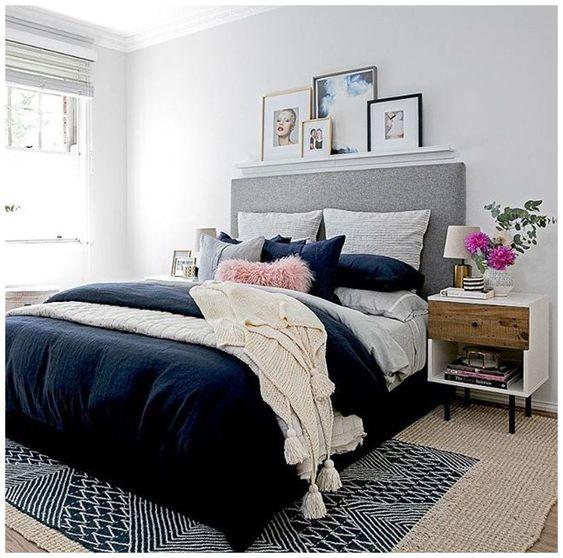 Coloring Woman Bedroom